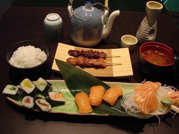 D finition globale de ce qu est la cuisine japonaise for A la cuisine meaning